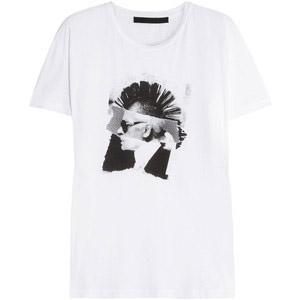Вещь дня: футболка с принтом от Karl Lagerfeld
